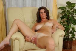 Busty Sarah #5
