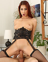 Puffy Network Model Redhead Rider