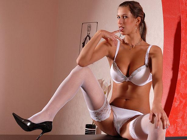 Русская порно модель lora